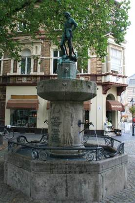 Georgsbrunnen am Buttermarkt